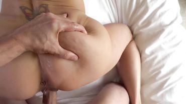 Мамашу с силиконовыми дойками Бренди Лав проебали раком от первого лица
